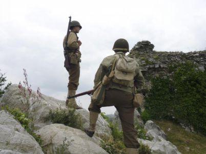 V oblasti těžkých bojů na Mont Castre. 90. ID tu v červenci 1944 utrpěla strašné ztráty.