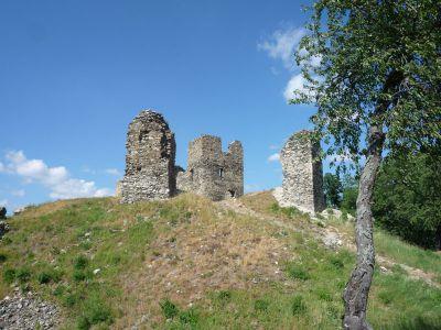 Poslední nocleh na zřícenině hradu v Brníčku.